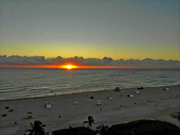 South-Beach-FL-Sunrise