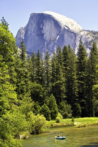 Half-Dome-and-Merced-River-Yosemite-National-Park